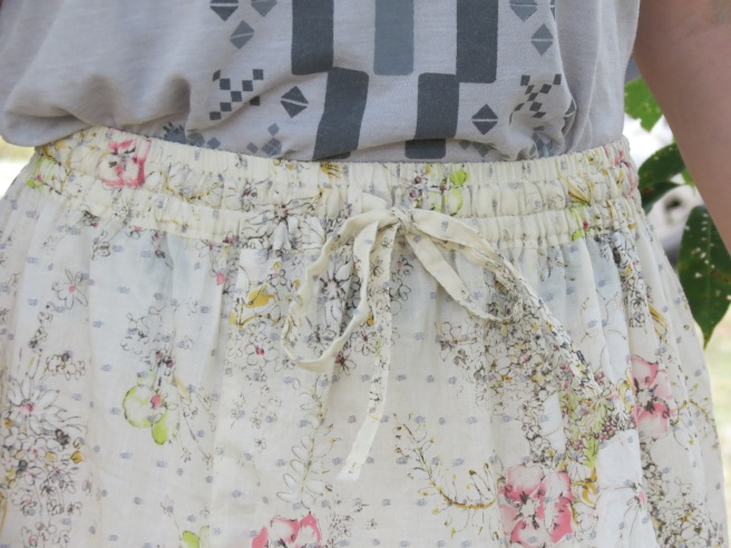 Stylish skirts j 014